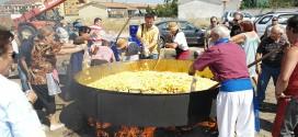 Más de 5.000 raciones de carne de toro con patatas para las peñas
