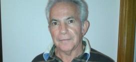 Carlos López y una veintena de militantes presentan su baja del PSOE