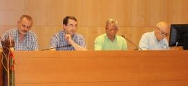 El Pleno aprueba un sueldo anual de 18.000 euros para el alcalde y el teniente alcalde