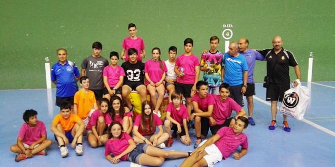 Un campeonato de España y dos platas para el Club Pelota Mano