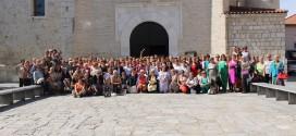 160 mujeres ensalzan el valor de la localidad con una gran fiesta