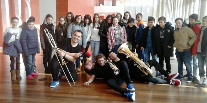 Los alumnos del CEIP Miguel Hernández se sumergen en la música