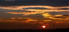 Izquierda Unida organiza una charla que abordará el modelo energético renovable de cooperativas