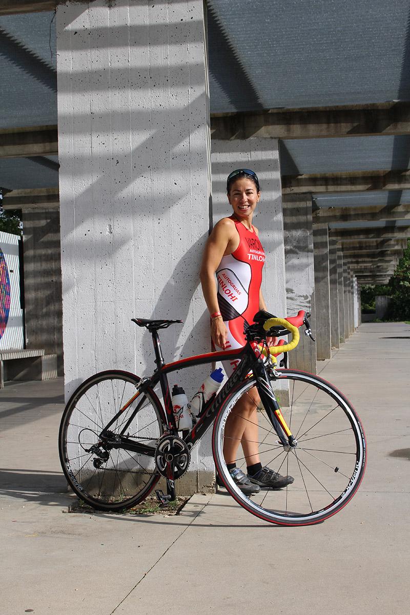 Ruth Varona, primera triatleta de la región en ir al Iron