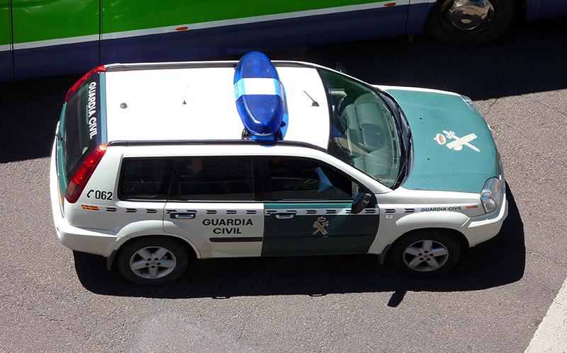 Un joven de 16 años, detenido por  robos y hurtos en  interior de vehículos