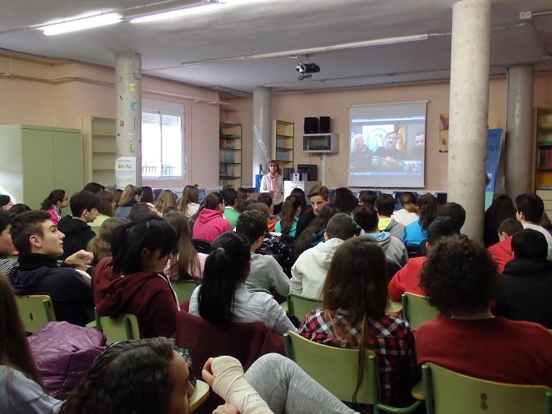 El I.ES María Moliner desarrolla una videoconferencia con biólogos en la Antártida