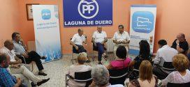 Jesús Julio Carnero arropa a la nueva Junta Local y apela a la unidad