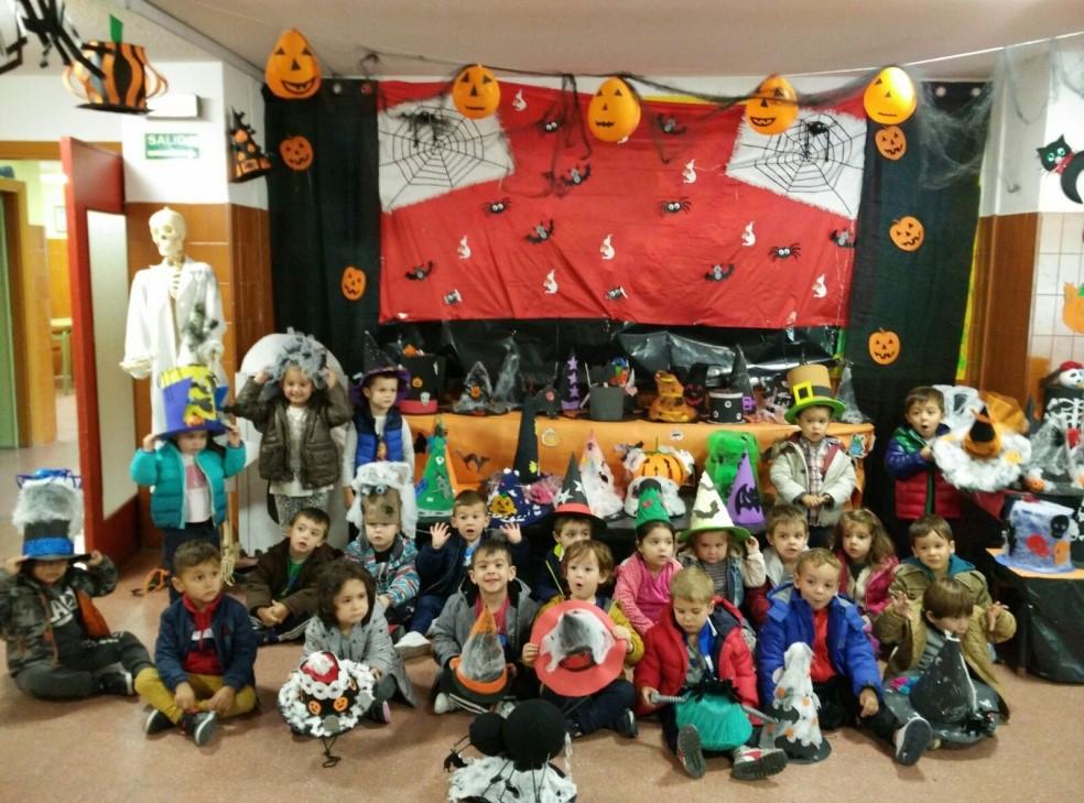 El CEIP Miguel Hernández celebra Halloween con un concurso de sombreros