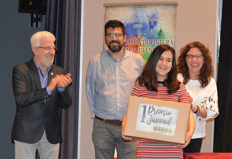Alumnos de pintura de la localidad, protagonistas en el XXIII Certamen Juvenil en Valladolid