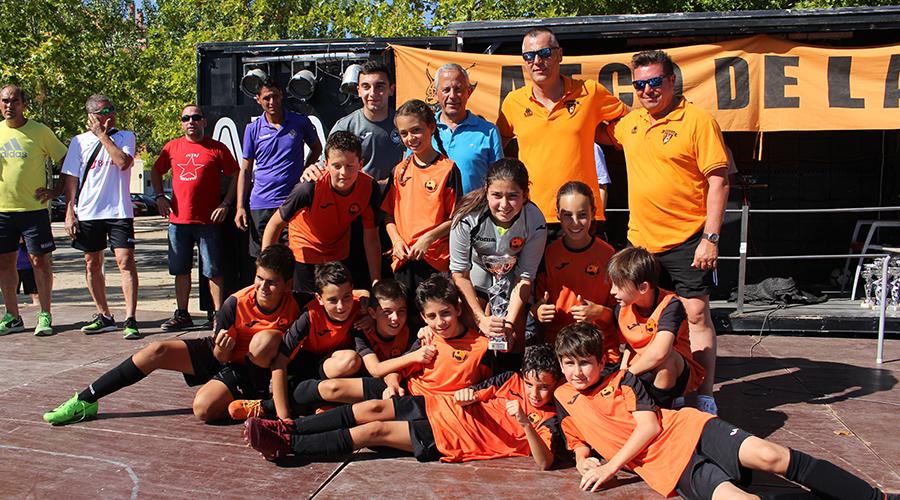 El Atlético de Laguna vuelve a homenajear a 'Putri' con un torneo multitudinario