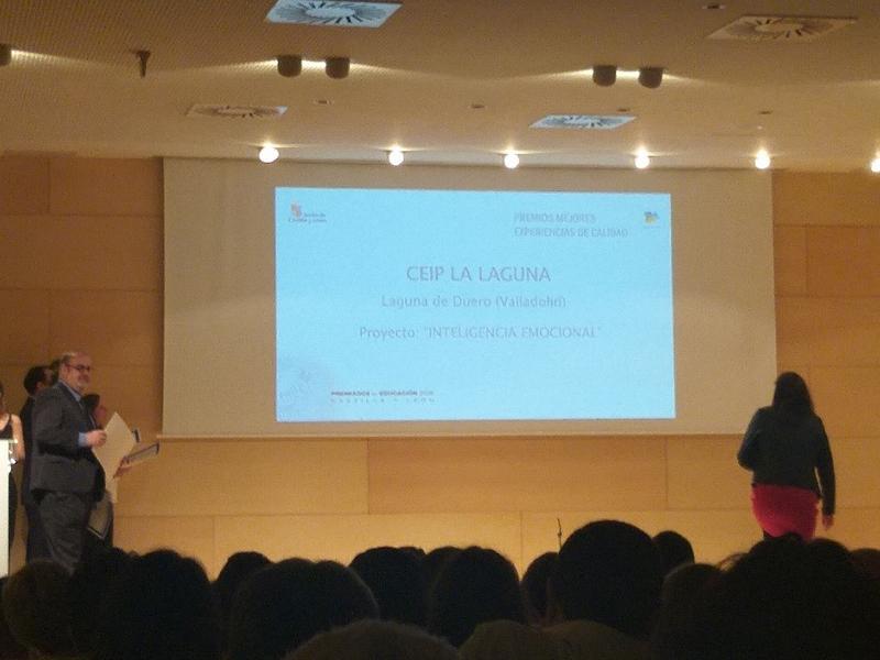El CEIP La Laguna recibe el premio a la mejor experiencia de calidad