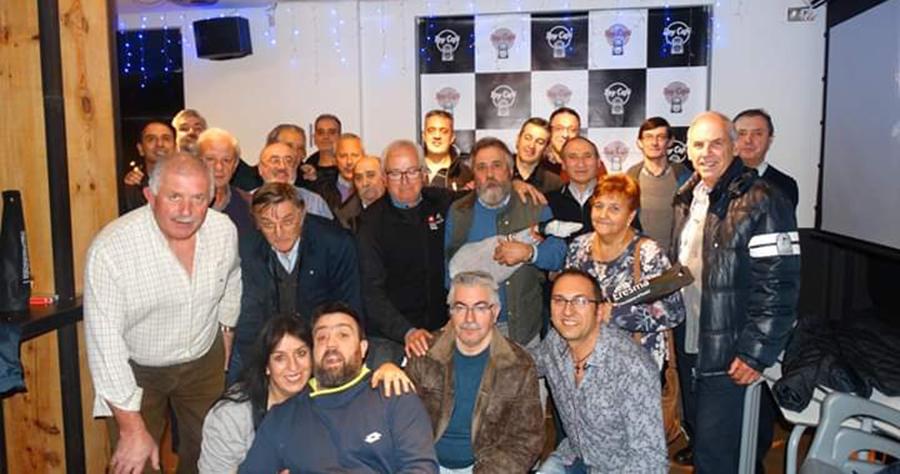 El Café Bar Roy celebra su campeonato navideño de mus