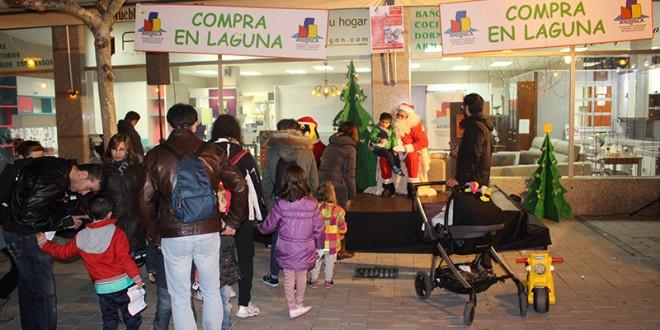 AICOSLA organiza este viernes la tradicional recogida de cartas con Papa Noel