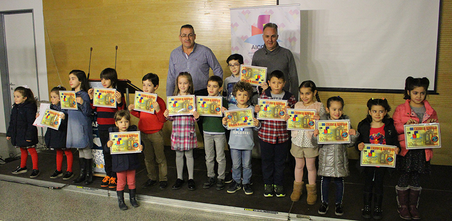 AICOSLA reparte hasta 600 euros en cheques regalo de su campaña navideña