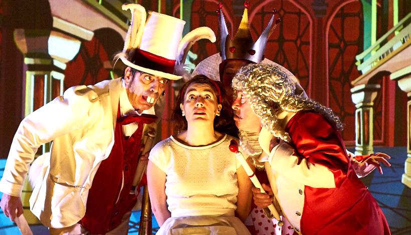 Alicia en el País de las Maravillas llega a Laguna de la mano de Teloncillo Teatro