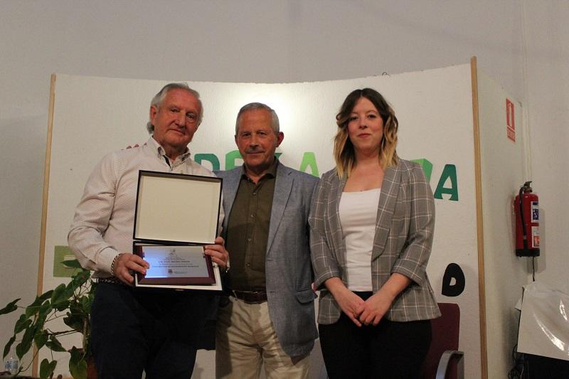 Julio Arribas reconocido por una vida dedicada a la creación de instrumentos