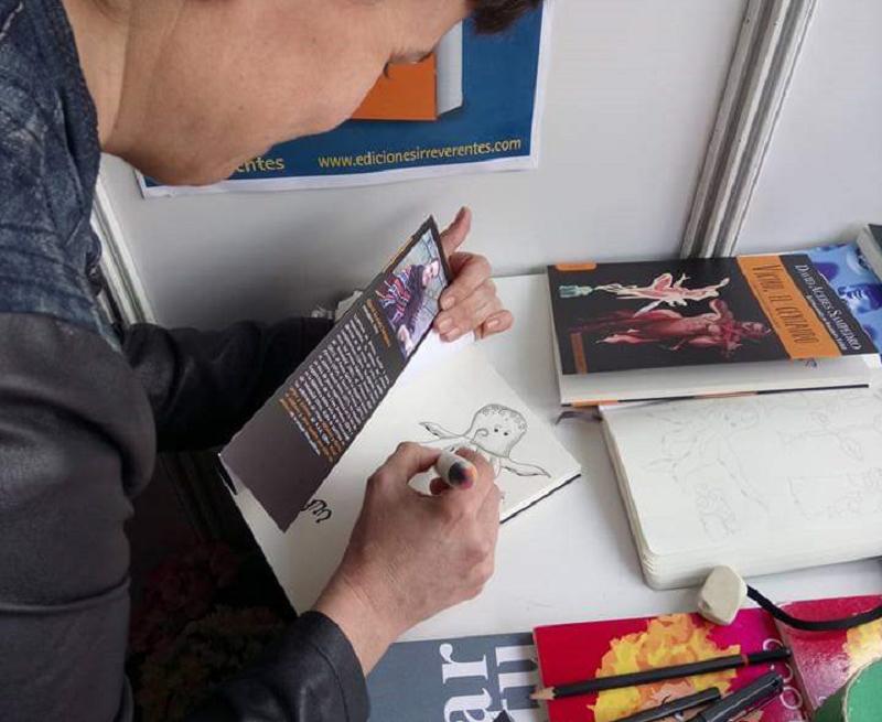La ilustradora Sonsoles Yáñez, presente en la Feria del Libro de Vallaodlid