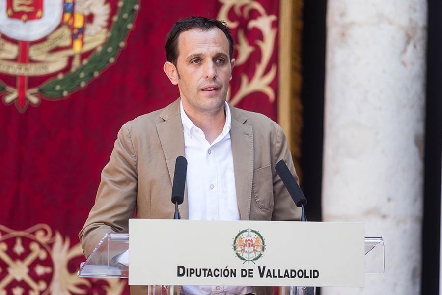 Conrado Íscar anuncia el nuevo equipo de gobierno de la Diputación