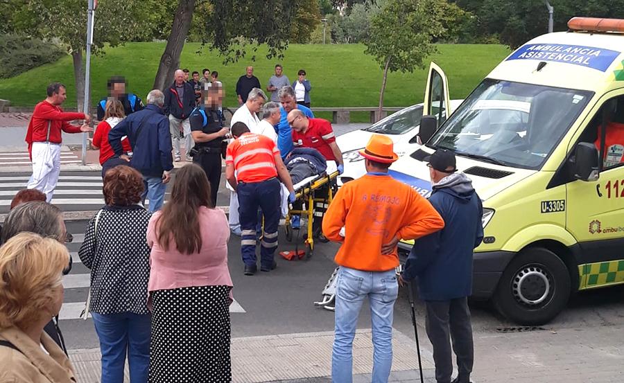 Herido un peatón tras sufrir un atropello en la Avenida La Laguna