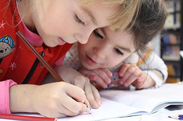 """IU-Podemos plantean alegaciones """"al precio público de las escuelas infantiles"""""""