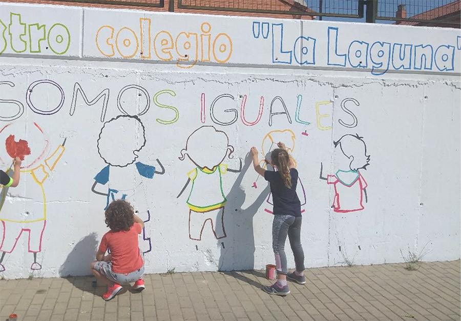 Los alumnos del CEIP La Laguna continúan ambientando su centro
