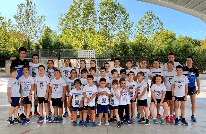 La escuela de C.D Triatlón Laguna arranca la temporada con récord de inscritos