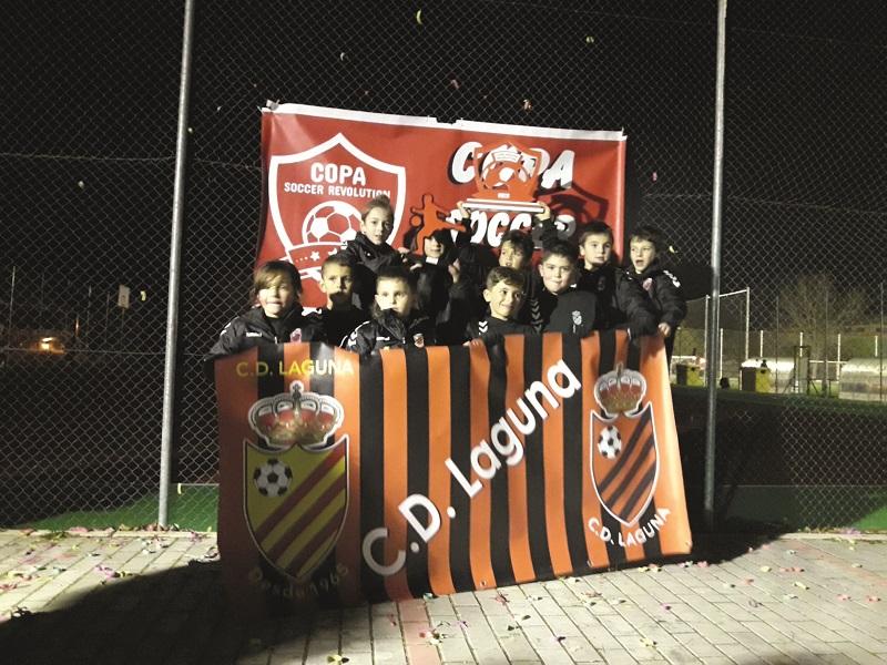 El C.D Laguna ganador de la  Copa Soccer Revolution Winter