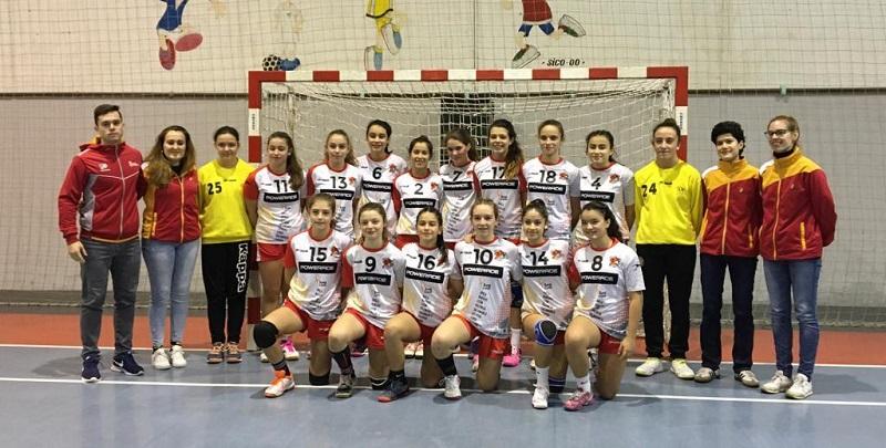 Noelia Paniagua, tercera con Castilla y León  en el VIII Torneo Xacobeo Galicia Salnés de Balonmano