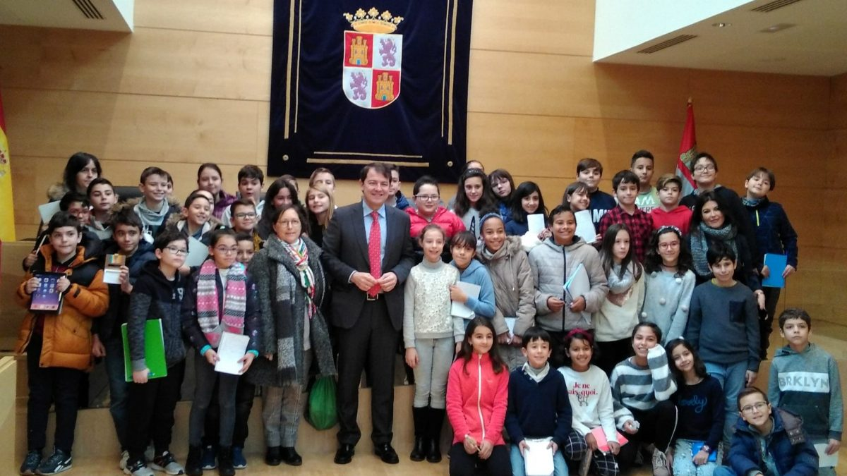 El CEIP Miguel Hernández visita las Cortes