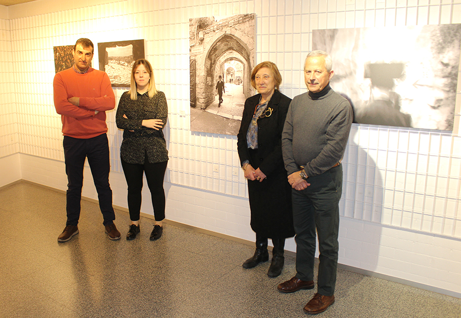 Mercedes del Cura crea un puente intercultural a través de la fotografía y el grabado