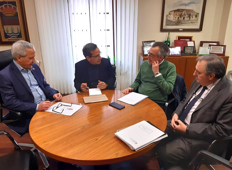 La rotonda del Portillejo y el centro de ocio juvenil, principales demandas trasladadas a la Junta