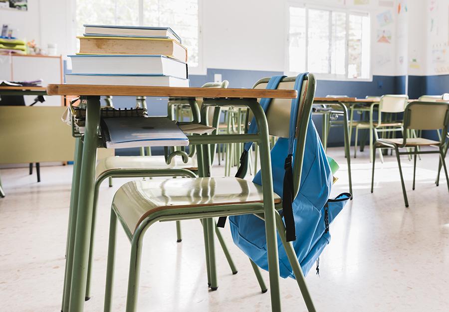 La Junta confirma el cierre de todos los centros educativos a partir del lunes