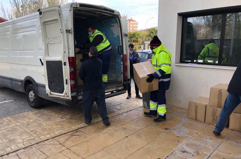 Global Sports Centro de Ocio y la Fundación Torrelago hacen entrega de 1.100 protectores de cama