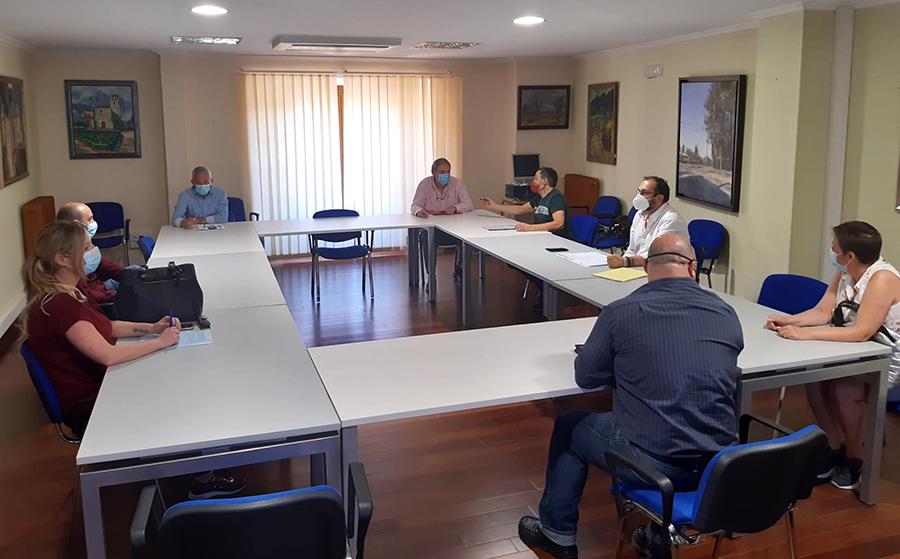 Ayuntamiento y hosteleros plantean iniciativas para garantizar el futuro del sector