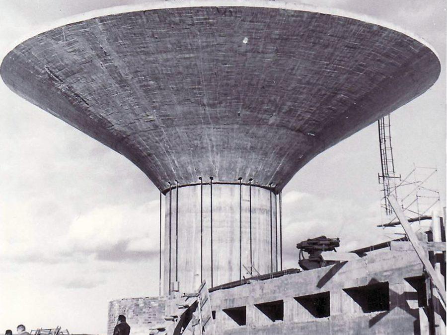 1977: Laguna inaugura nuevo depósito con motivo de la construcción de Torrelago