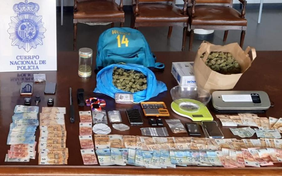 Cinco detenidos por formar parte de una presunta red de tráfico de drogas en Laguna y Palencia