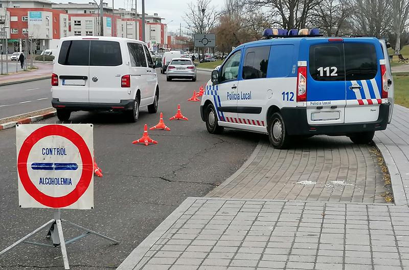 Policía Local impone trece denuncias