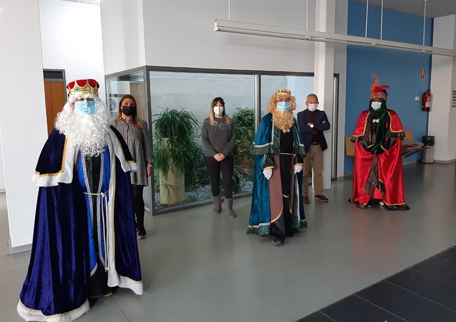 Los Reyes Magos llegan a Laguna bajo estrictas medidas de seguridad sanitaria