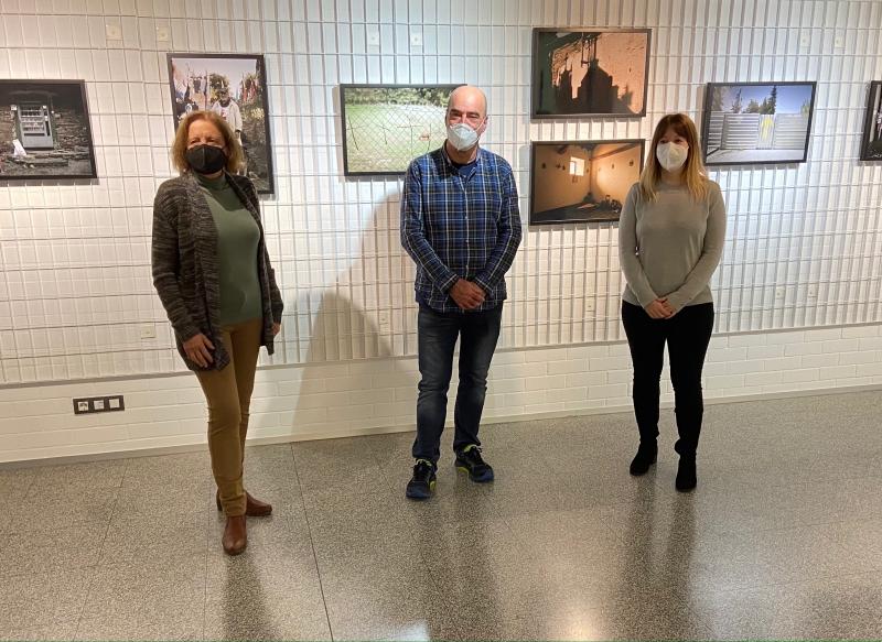 Emilio Arrabal inaugura su exposición fotográfica 'Camino'