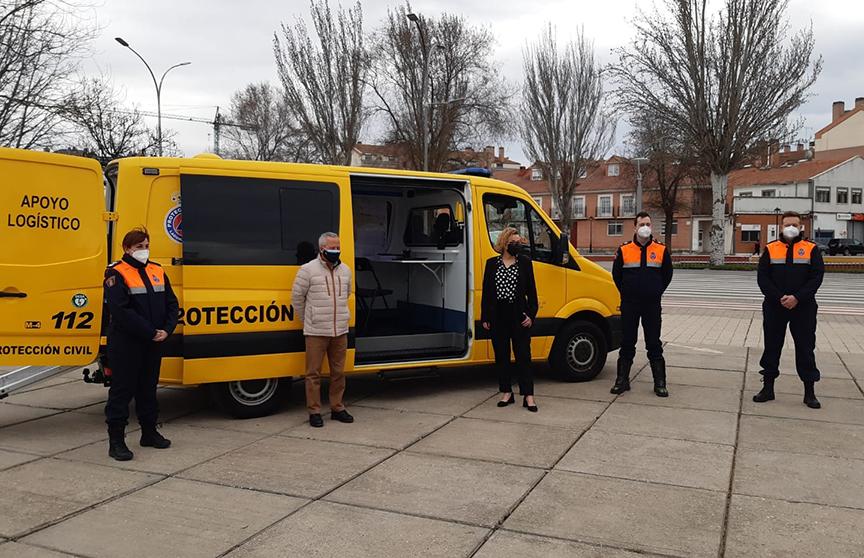 Un nuevo furgón polivalente se suma a la flota de vehículos de Protección Civil