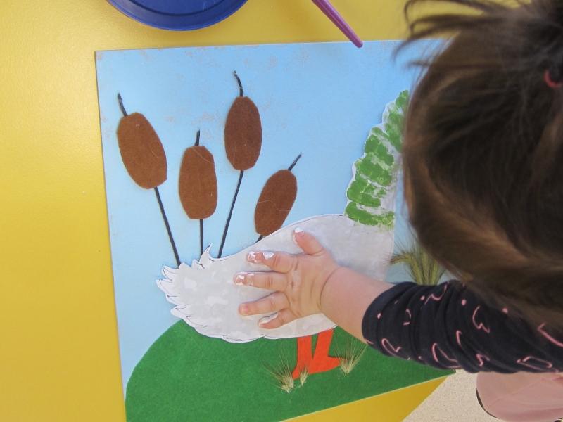 """La escuela infantil Pinto Pinto crea su propio cuento basado en el proyecto """"El Lago Encantado"""""""