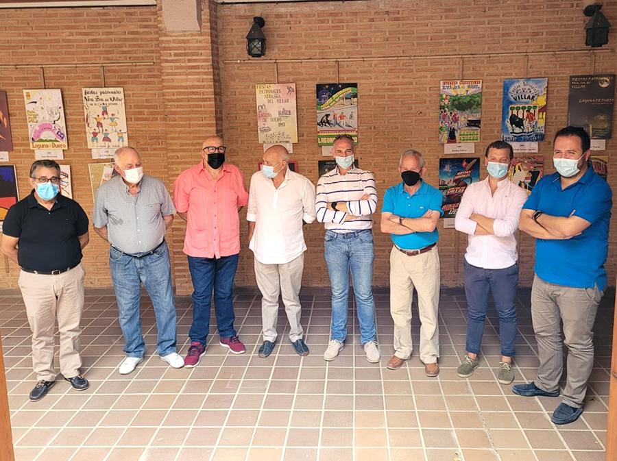 La exposición de carteles de las patronales condensa cuatro décadas de festejos populares en Laguna