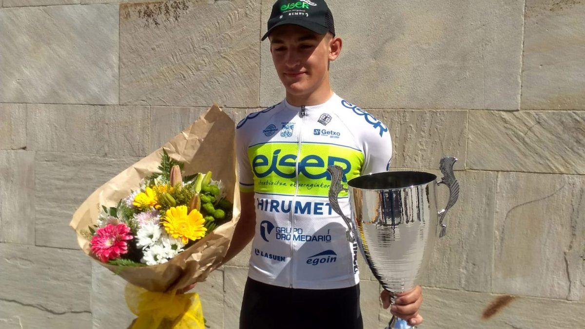 Daniel Cavía, segundo en la prueba ciclista de Alsasua